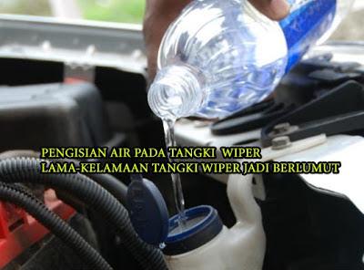 isi air tangki wiper