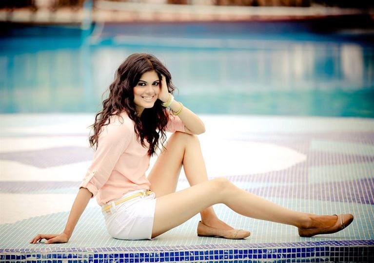 Asha Bhatt 2015 New Wallpapers and Photos 2015