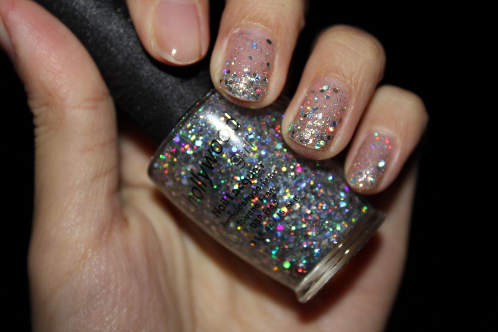 Hollywood Girl Nail Polish White Silver Glitter
