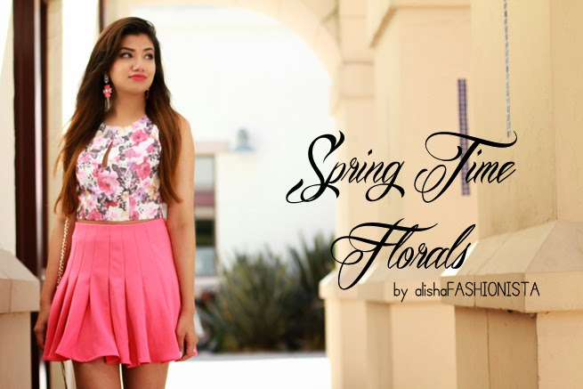 spring time florals crop top floral top flared pink skirt fashion blog fashionista statement earrings chandelier earrings