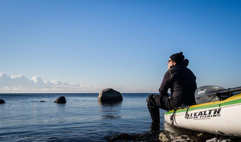 Stealth kayak fishing
