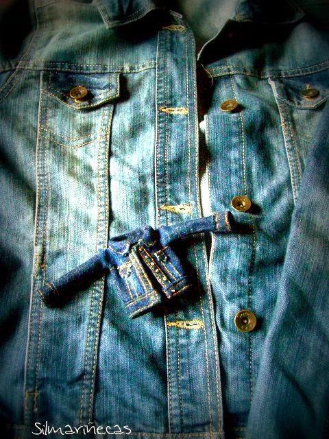 replica en miniatura de chaqueta vaquera-