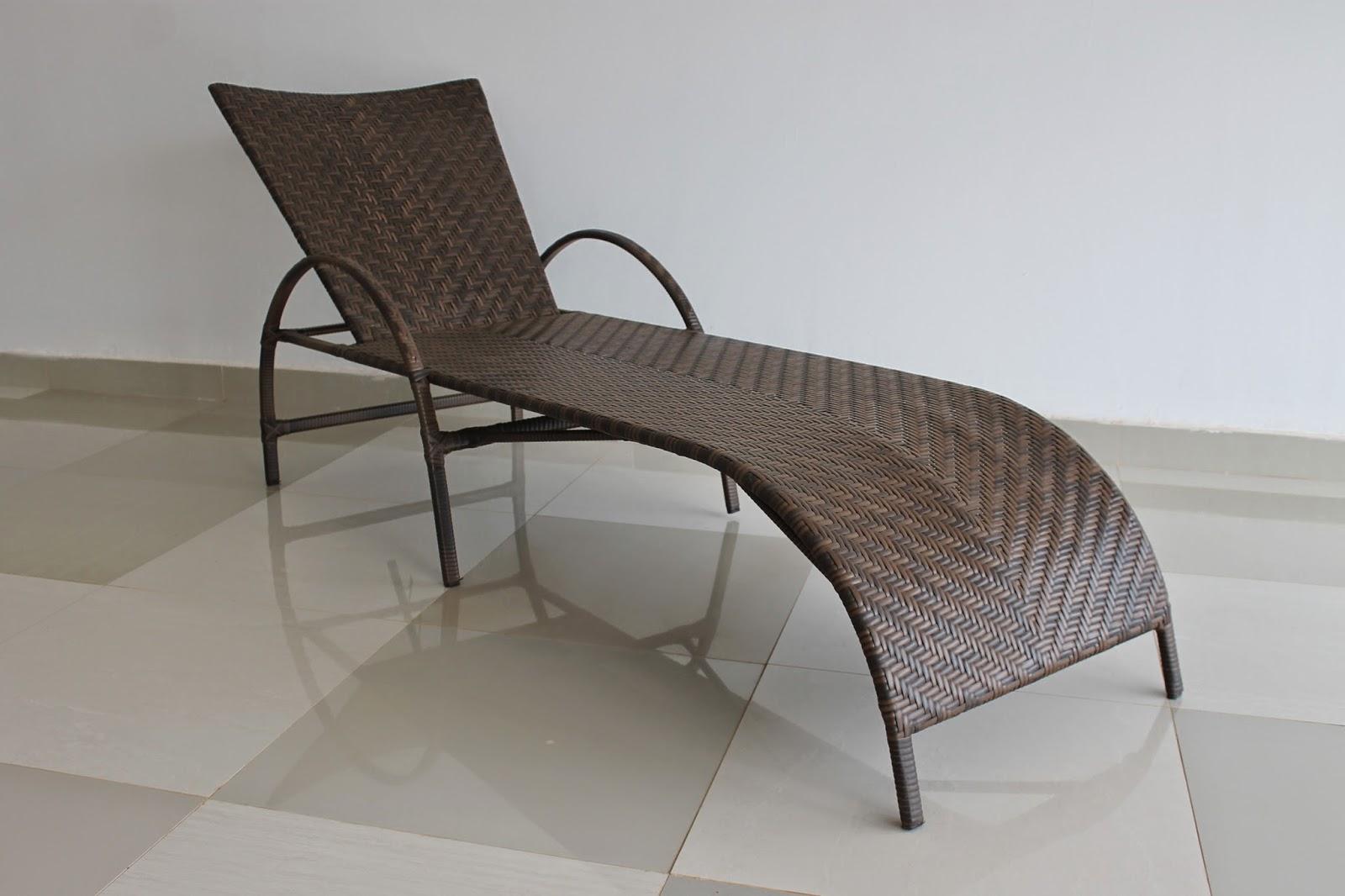 Cadeiras de piscina #3B322C 1600x1066