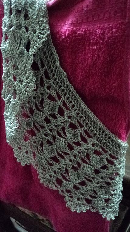 Colete  de Crochet cinza em linha de seda