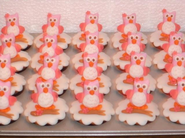 Cupcakes decorados com Corujinhas