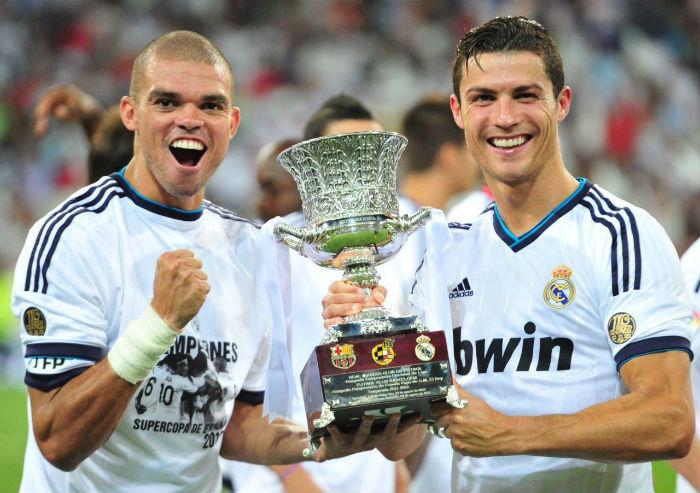 تحميل مباراة برشلونة وريال مدريد 2/1 بالامس فى كاس السوبر كاملة بتعليق عصام الشوالي من الجزيرة +2 hd يوم الاربعاء 29/8/2012