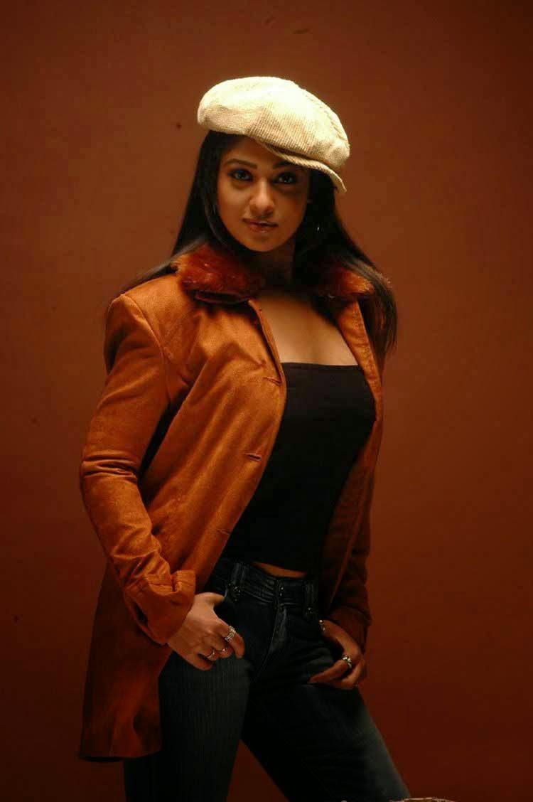 Malayalam actress Nayanthara sexy photos