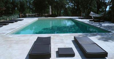 Cemento pulido en las zonas exteriores y piscinas for Cemento pulido para exterior