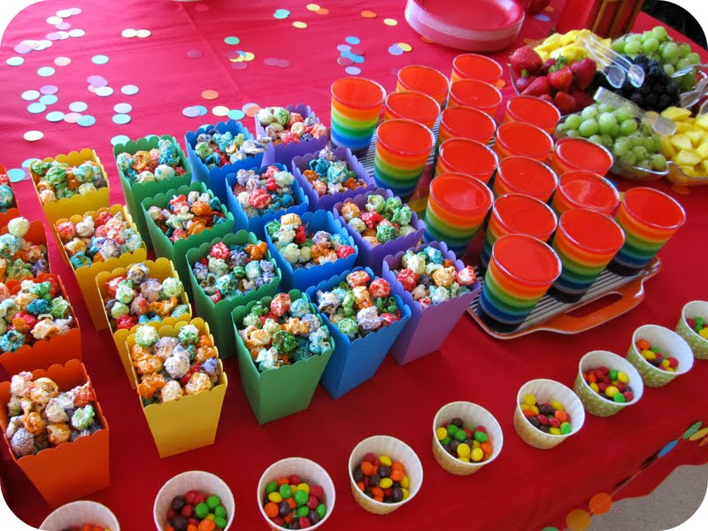 Carpools and casseroles - Kids party food table ideas ...