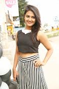 Neha Deshpande Glamorous look-thumbnail-14