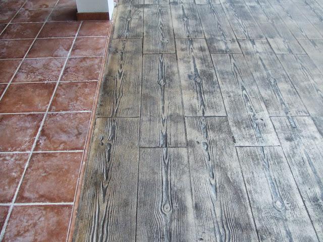 Hormig n impreso en el vedat pavimentos continuos de hormig n hormig n impreso - Hormigon impreso madera ...