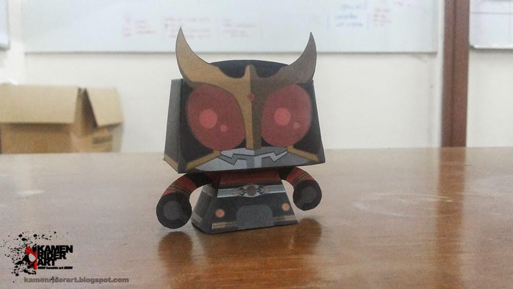 Kamen Rider Kuuga Paper Toy