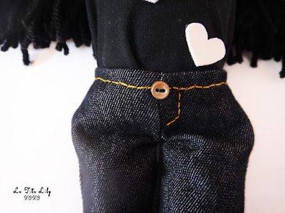 Pantalones muñeca.