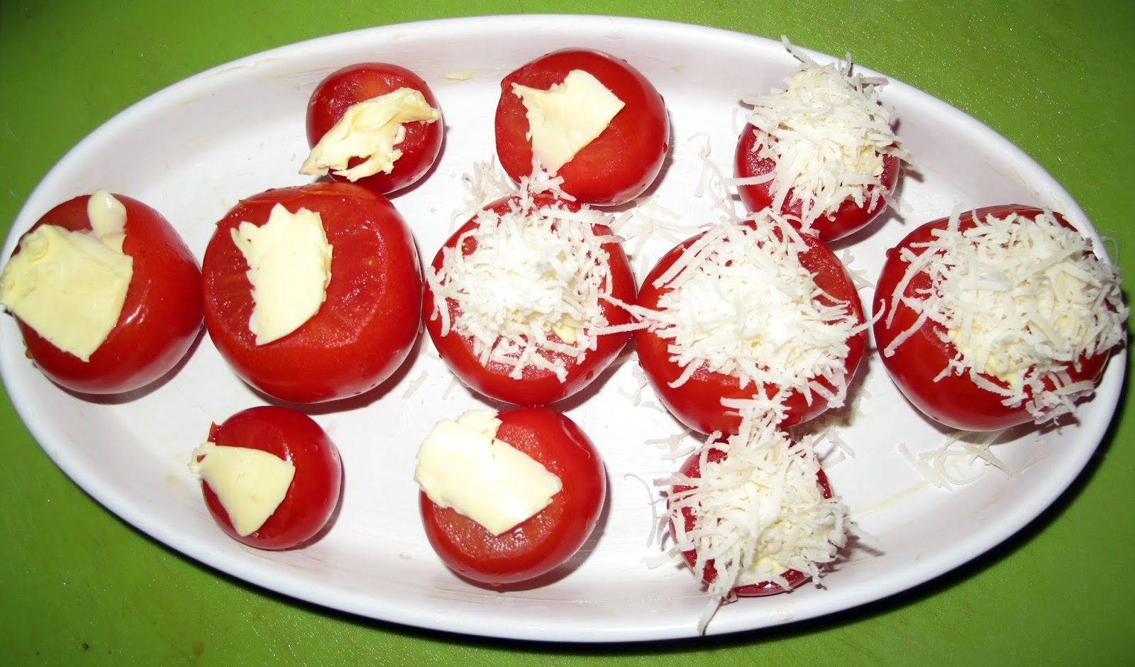 gebackene tomaten mit parmesan amallias kreation. Black Bedroom Furniture Sets. Home Design Ideas