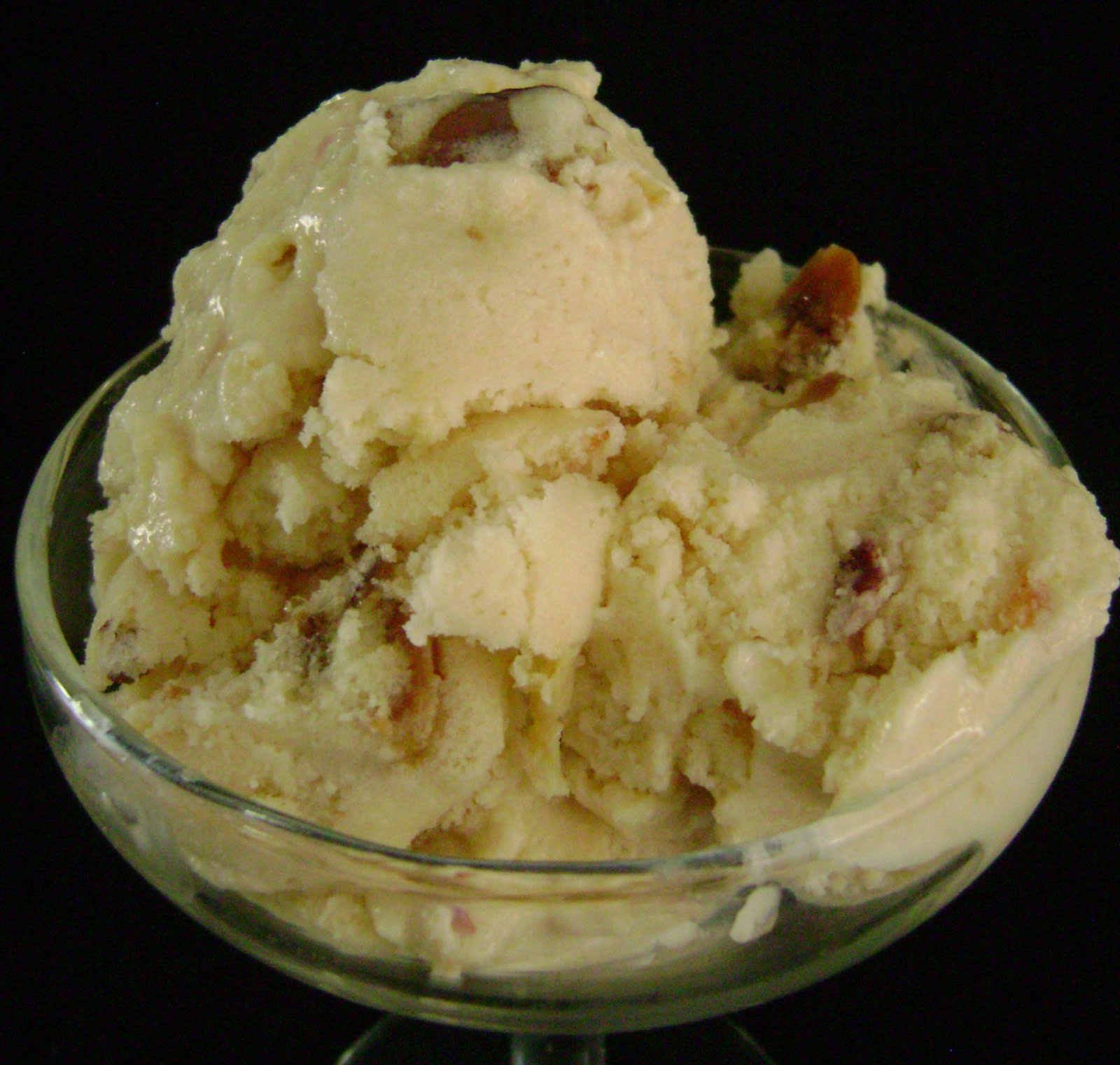 Jo and Sue: Vegan Peach Ice Cream with Caramelized Almonds