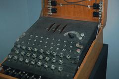 Máquina Enigma - por The Cucaracha Man