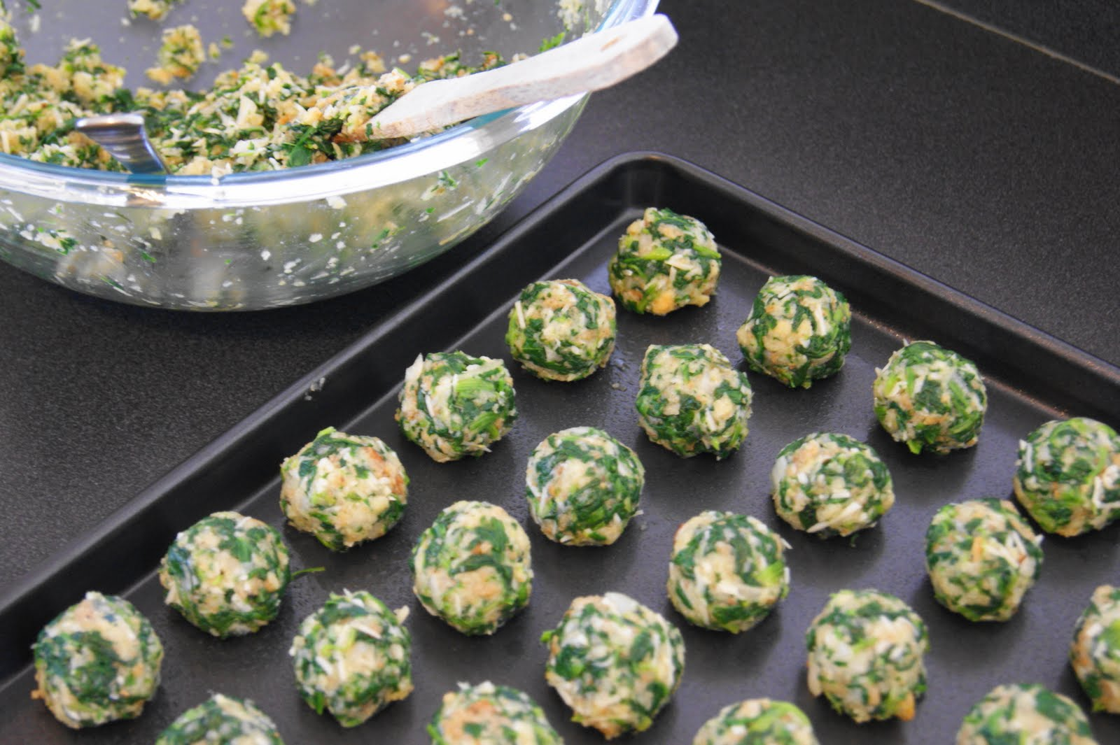 ... these really yummy stuffing balls!! ... uh, I mean Spinach Balls