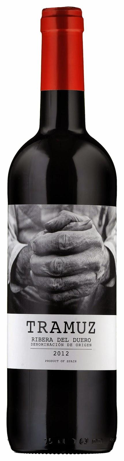 vino vigneto bottiglia concept concetto mani lavoro etichette design packaging mktg