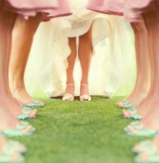 beautiful bridesmaids wedding photo ideas pink