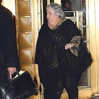 Dora Grande, New York, Holocaust Scam
