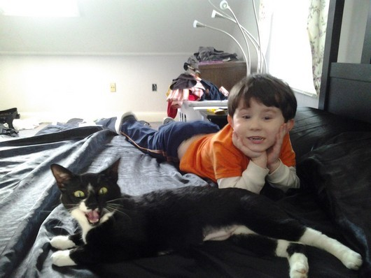 30 funny pictures of cute kids hanging out with animals, kids and animals