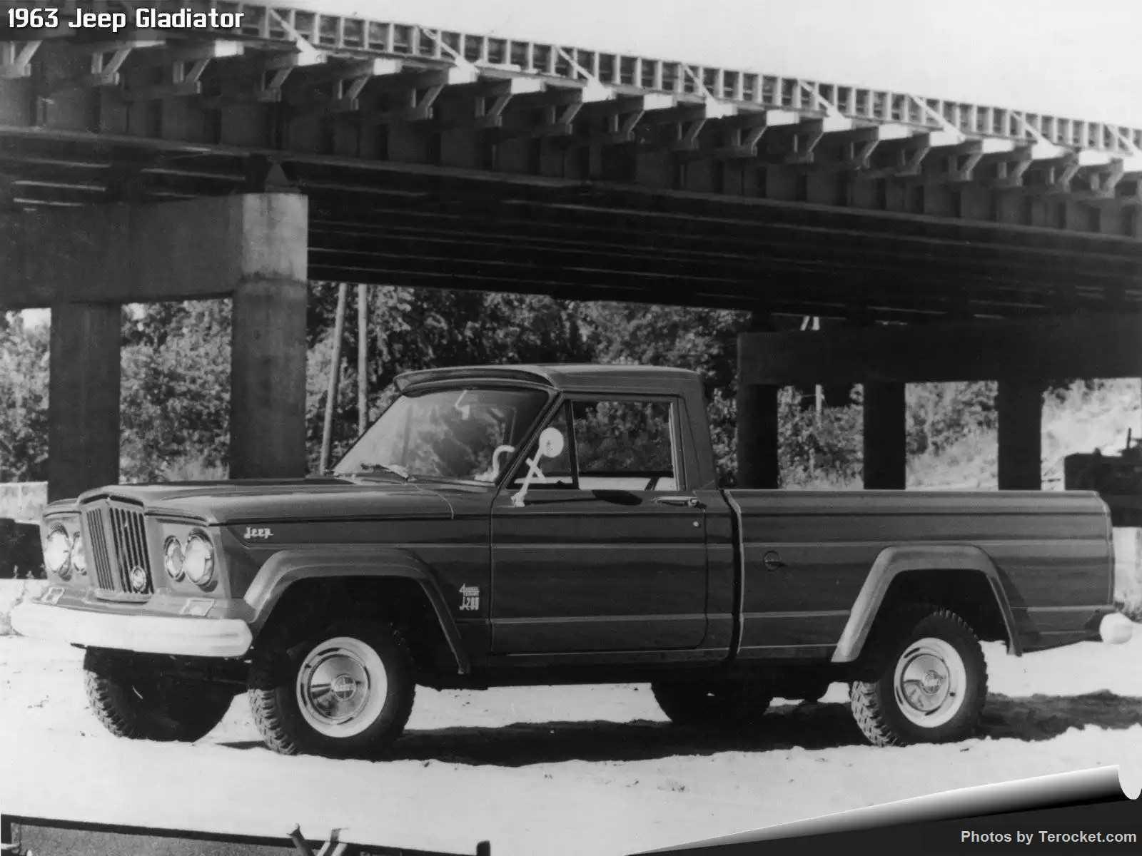 Hình ảnh xe ô tô Jeep Gladiator 1963 & nội ngoại thất