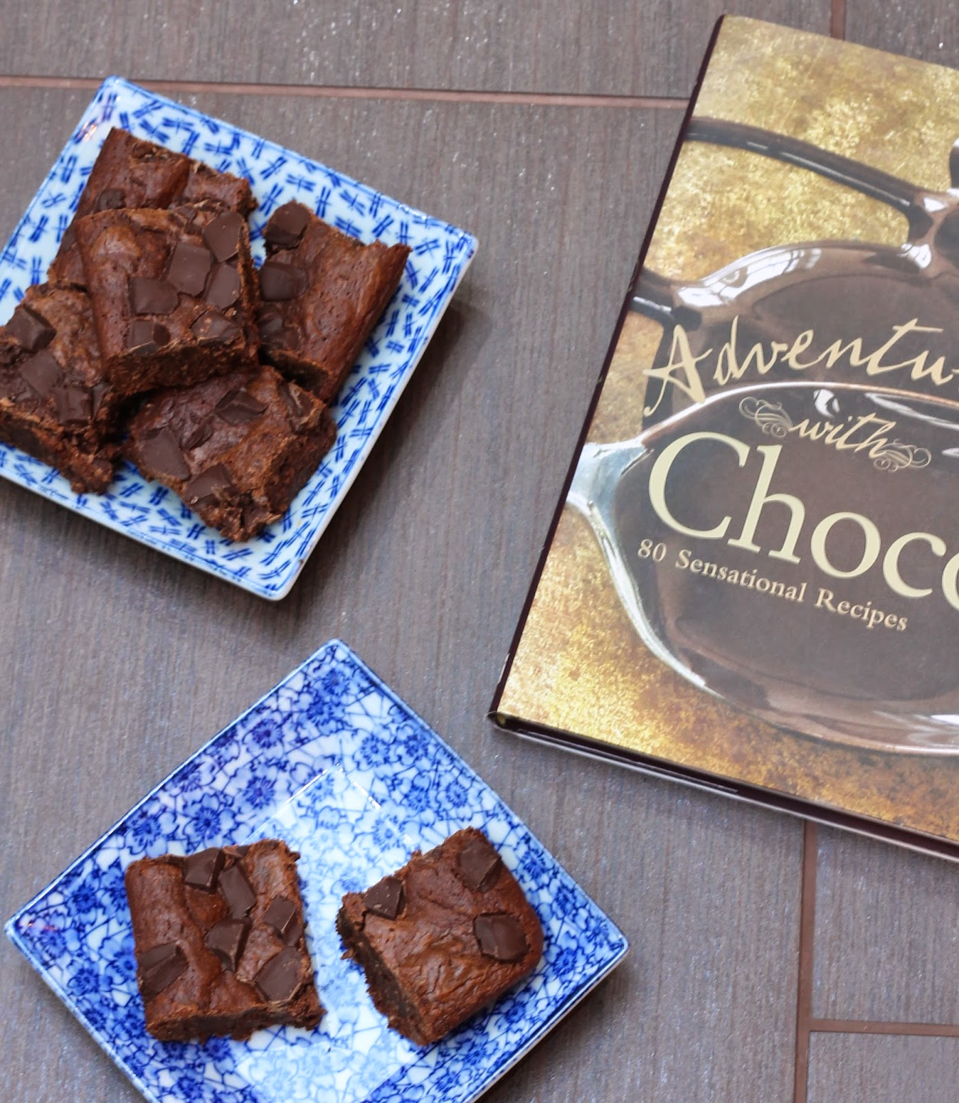 Coconut chocolate-chunk brownies