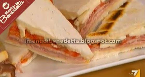Tramezzino ricco la ricetta di benedetta parodi for Mozzarella in carrozza parodi