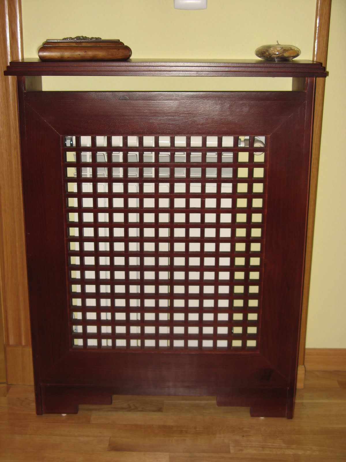 Cubreradiadores de madera carpintero sevilla 665 848 - Muebles a medida sevilla ...