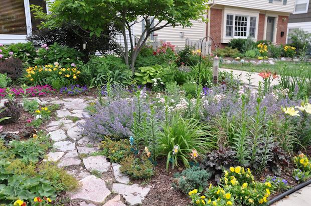 making grassless front yard