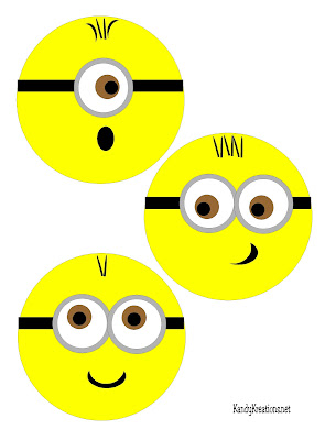 Have dinner with your favorite Minions with this printable plate insert.  Add your minion to the bottom of a glass plate and enjoy some fun tonight.