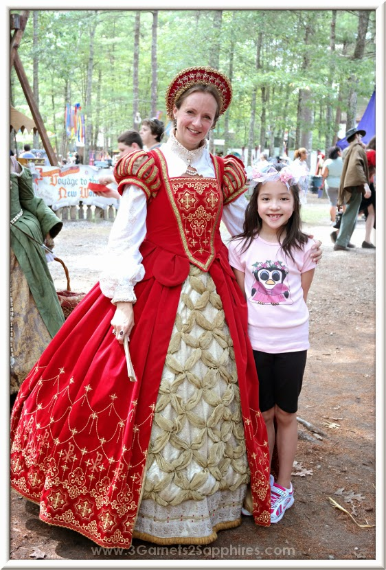 Meeting the new Queen at King Richard's Faire 2014  |  www.3Garnets2Sapphires.com