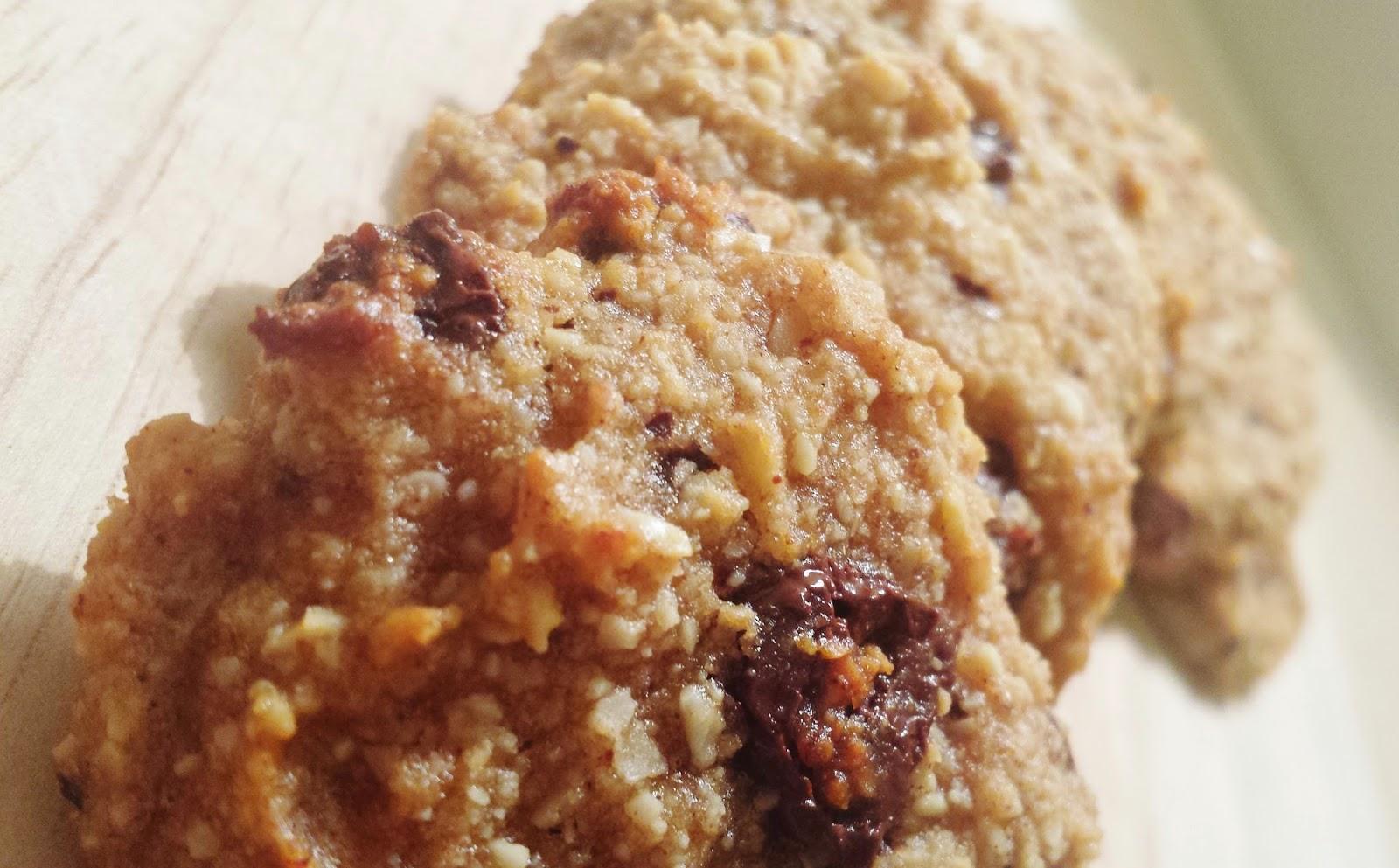 Crunchy Banana Chocolate Cookies | The Gluten Free Londoner