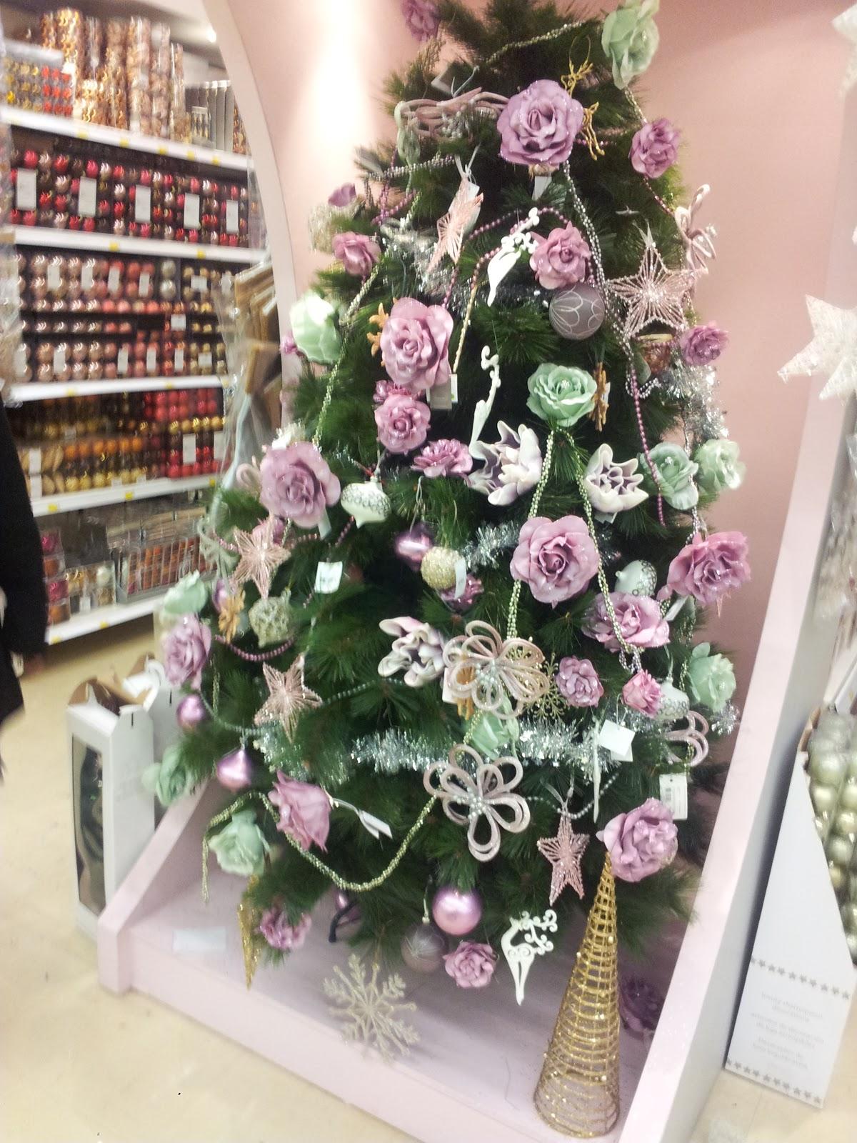 C mo no decorar un rbol de navidad mis peques y m s - Ideas para decorar un arbol de navidad ...