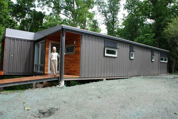 Shipping container homes montgomery rogersville for 3 40 ft container home