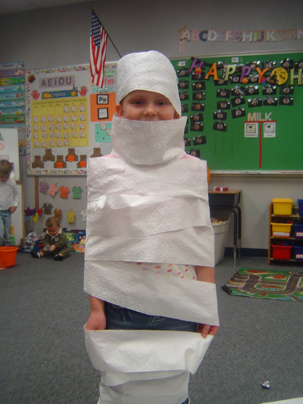 Mrs t 39 s first grade class halloween games for 3rd grade christmas craft ideas