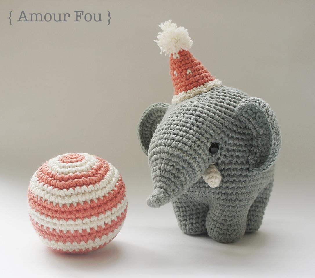 Dummy-elephant mint with name crochet