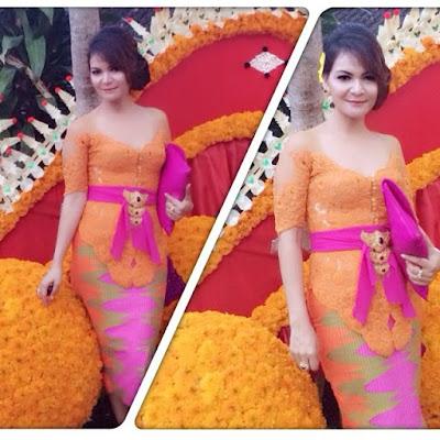 kebaya broklat orange rok span batik rang rang