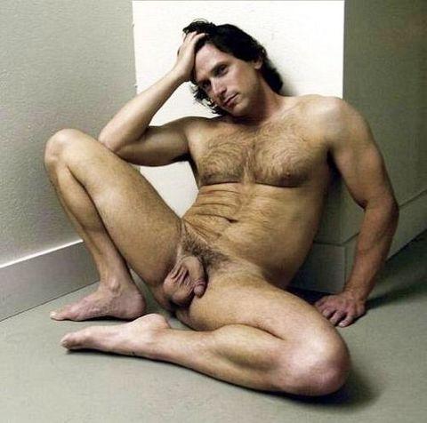 http://2.bp.blogspot.com/-Jnn_yqdqiHA/UNuWzML1vnI/AAAAAAAARwE/QAAY1JcatdQ/s1600/legs+spread+wide.jpg