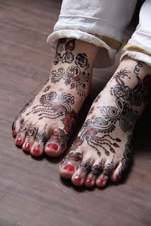 models accessories mehndi designs for foot