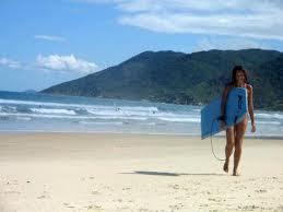 Una Playa para el Surf en Brasil