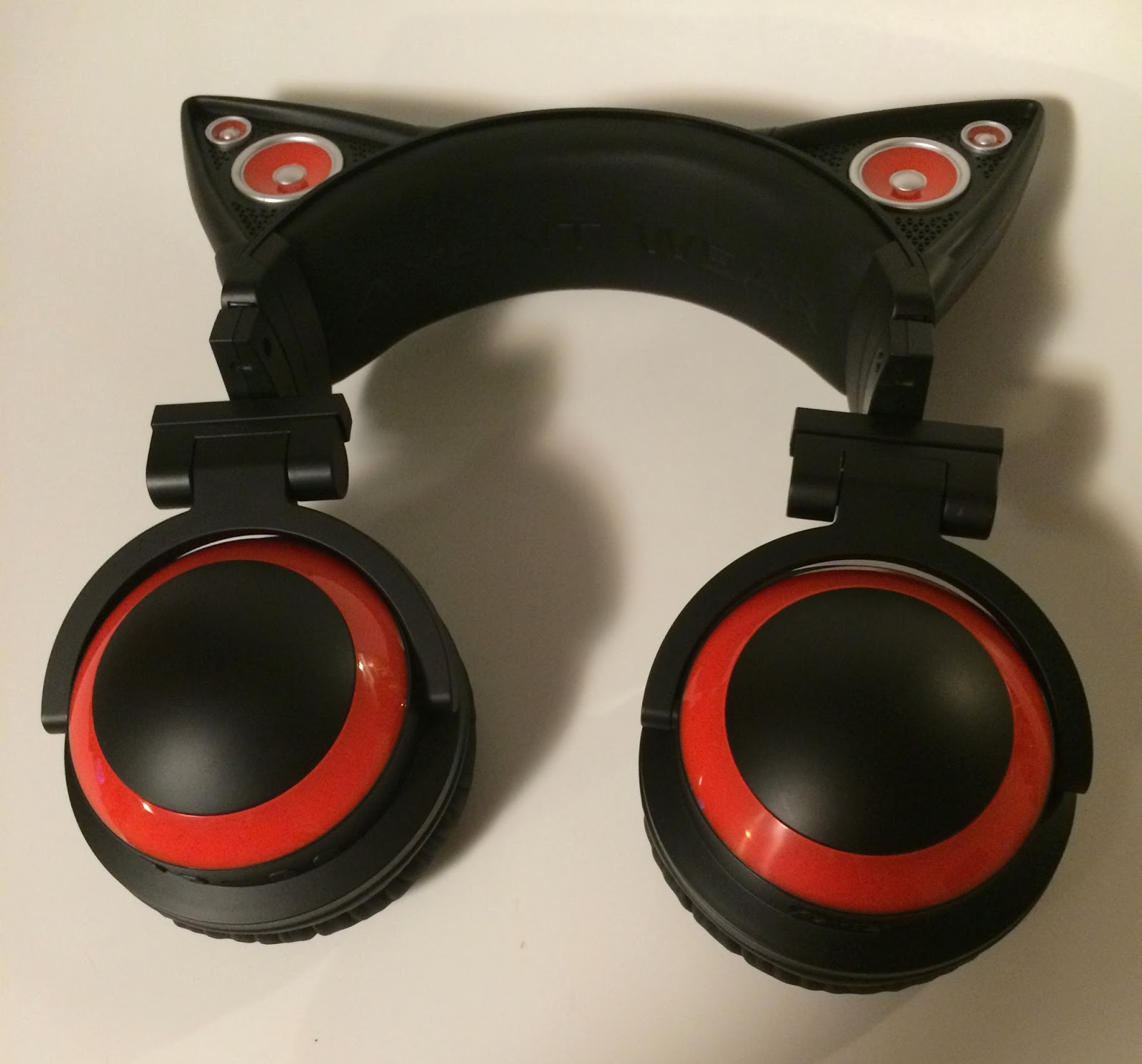 Squishy Sound Cat S Ear : Unboxing and Review - Axent Wear Cat Ear Headphones. Quirky and Curvy
