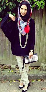 Foto Model Baju Muslim 2014 Terbaru Jilbab Hitam Celana Krem Edgy