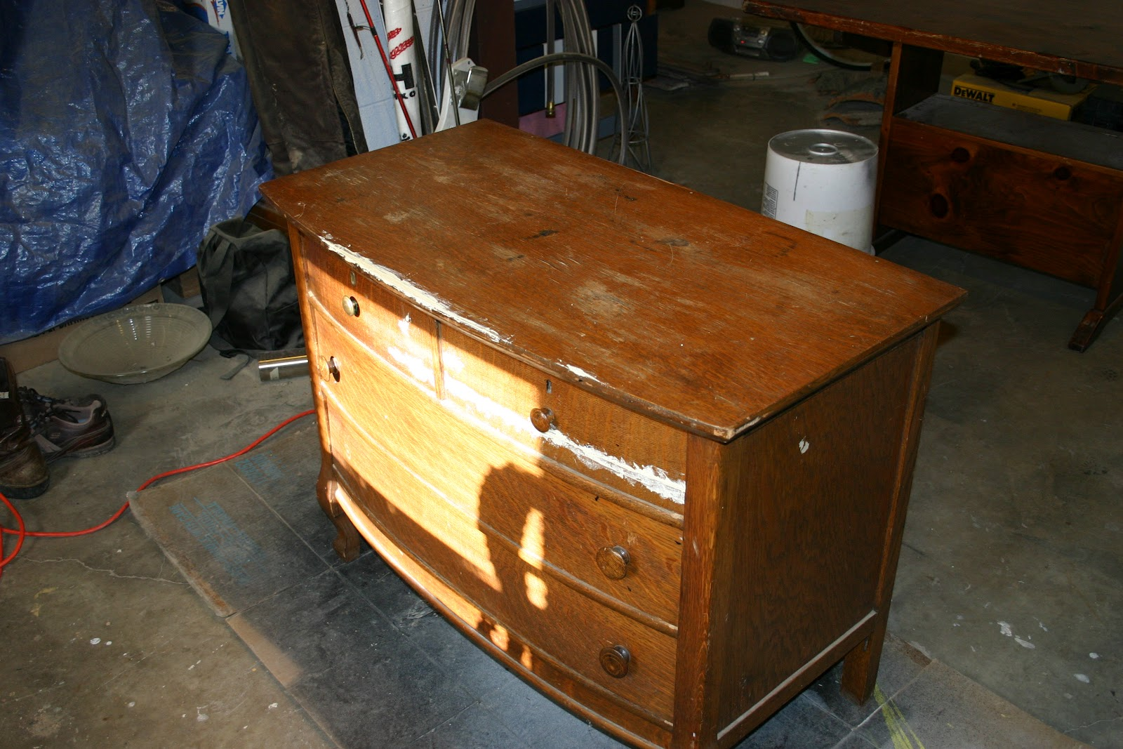Meet An Antique Quartersawn Dresser That Has Seen Many Better Days.. Full resolution‎  snapshot, nominally Width 1600 Height 1067 pixels, snapshot with #C39008.