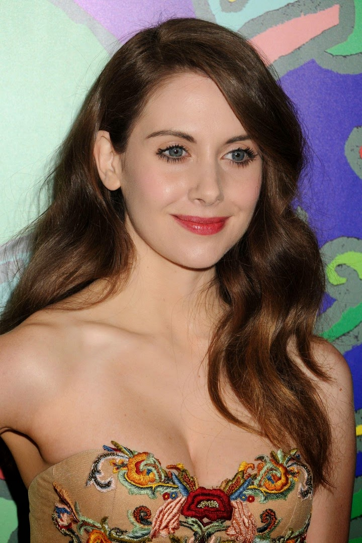 Alison-Brie-strapless-Marchesa-dress-Mad-Men-Season-7-premiere