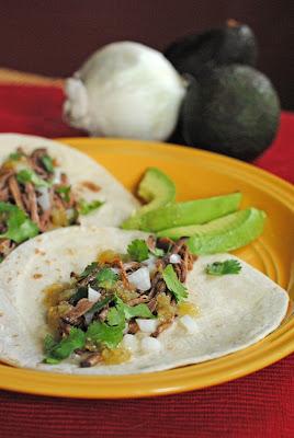 Juanita's Cocina: Tacos De Carne Deshebrada
