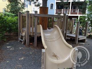Fulmore Park (Sand Park) playground treehouse
