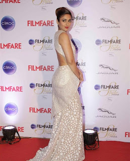 ileana stills at filmfare glamour and style awards 2015 3