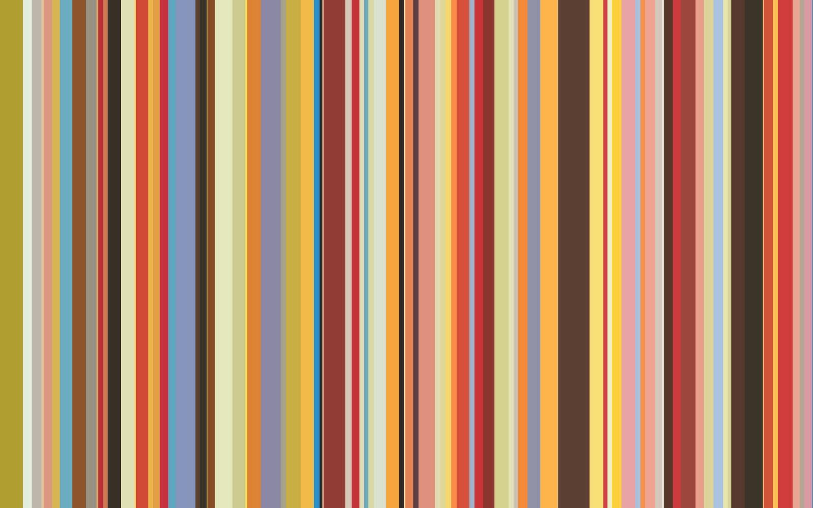 Designers Guilds boldly striped wallpaper in Arafura geranium