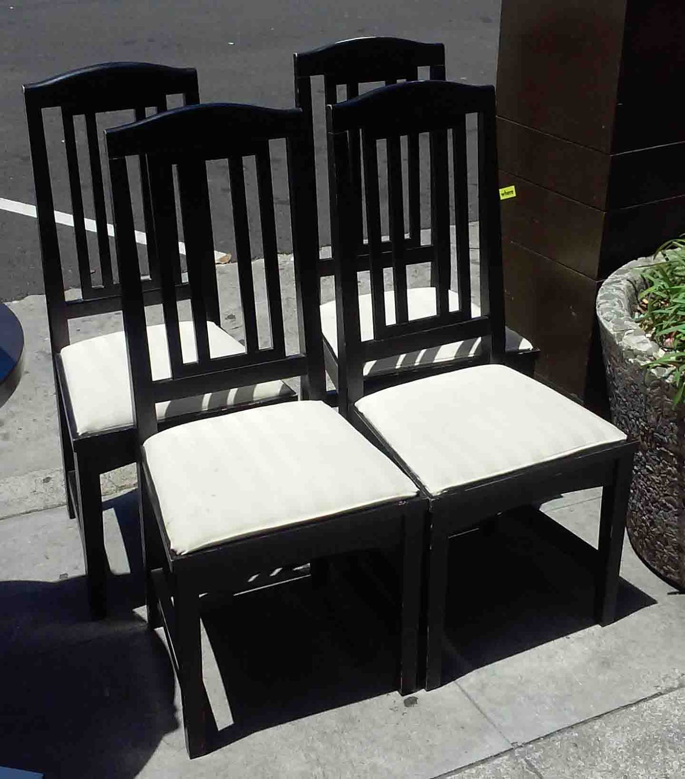 uhuru furniture collectibles sold reduced set of 4 black and white dining chairs 30. Black Bedroom Furniture Sets. Home Design Ideas